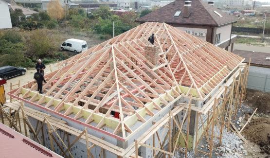 монтаж стропильной системы москва, строительство крыши москва